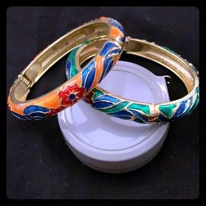 Pair of bangles GOLD tone with enamel